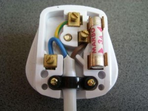 Three pin plug image